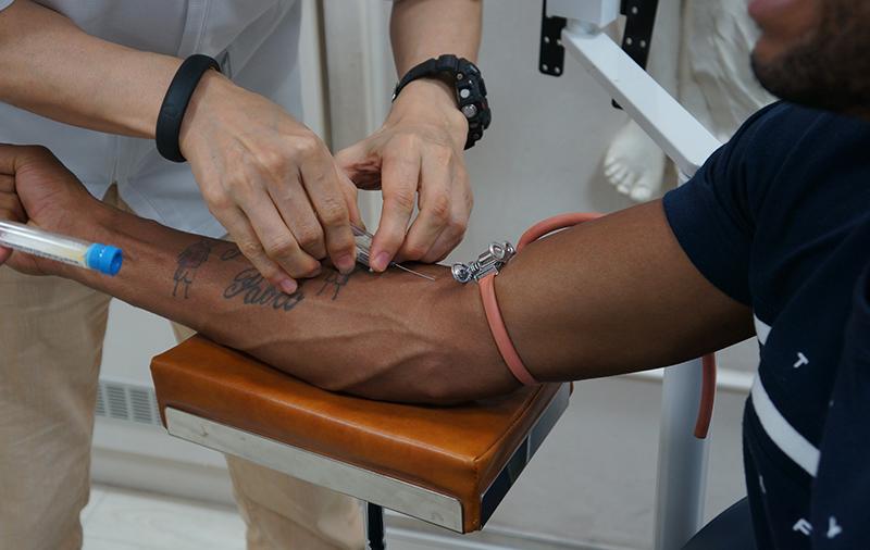 レオミレイロ選手へのPRP療法